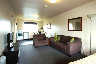 accommodation- two bedroom suite